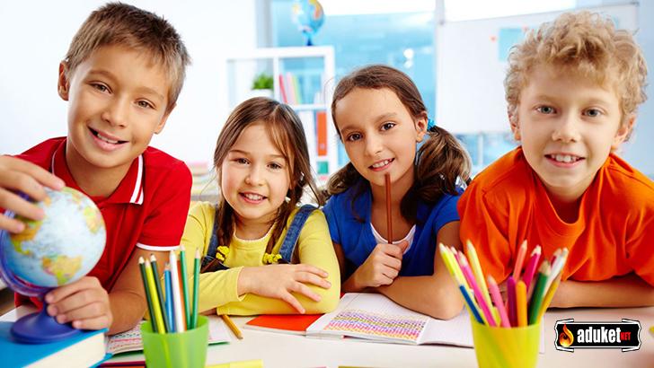 Okullarda Ders Saati Azalmalı